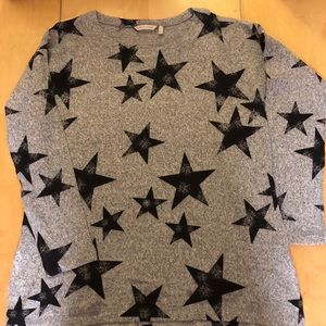 Women's sweater, gray w/black stars, size XL